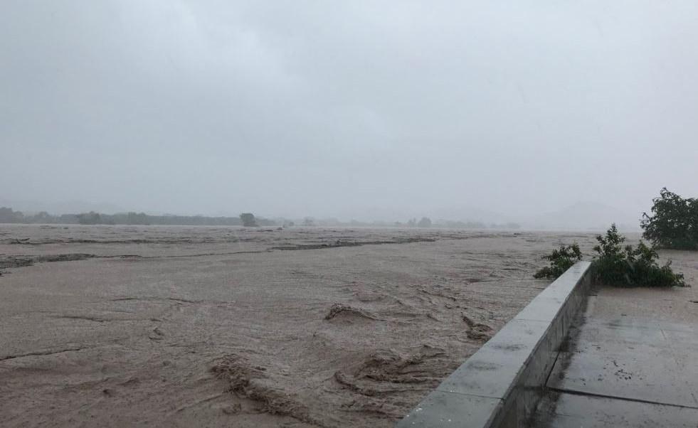 Sinaloa se mantiene en emergencia por paso de 'Willa'
