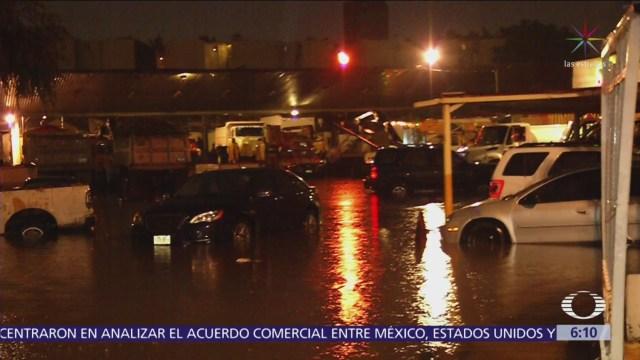 Trabajos de limpieza en zonas afectadas por la lluvia
