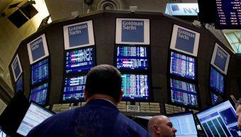 Wall Street baja ante alza de rendimiento de bonos de EU II