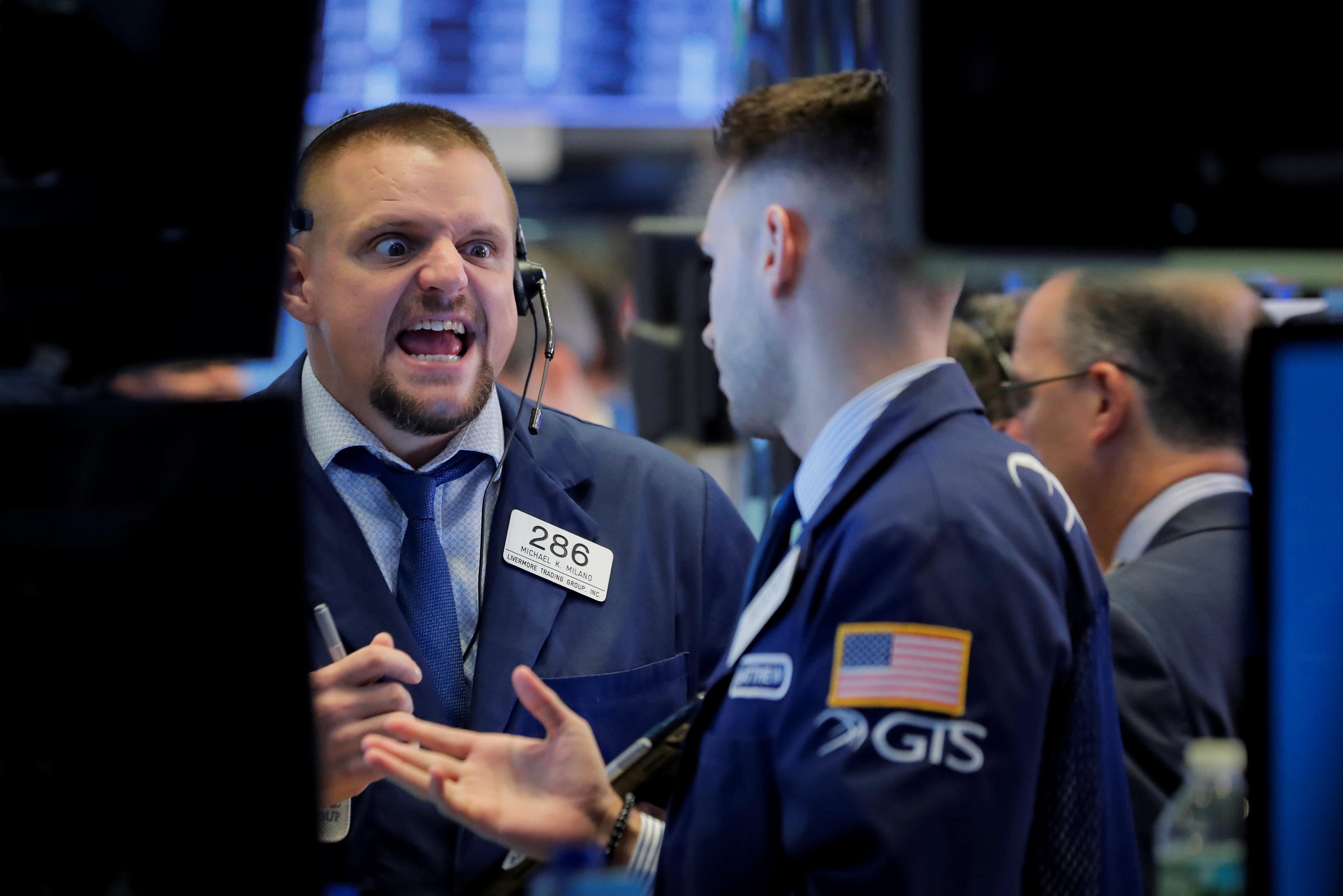 Wall Street registra su peor jornada en ocho meses