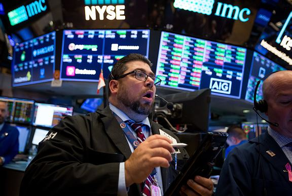 Wall Street abre mixto y el Dow Jones desciende un 0,28 %