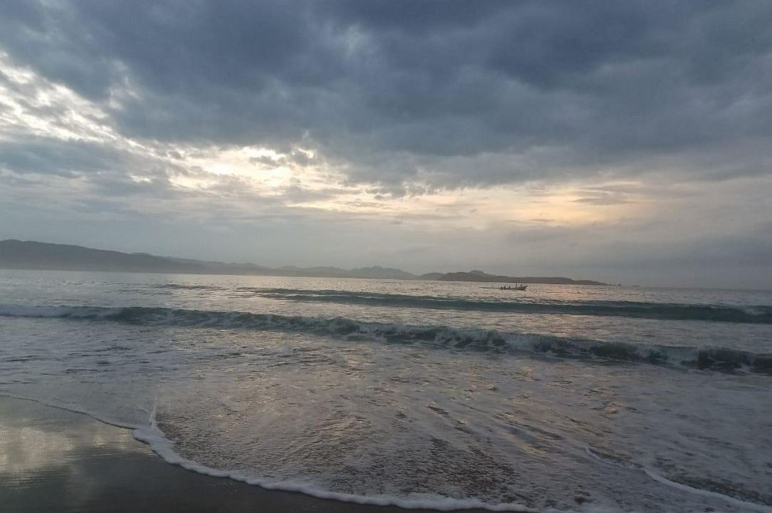 Sinaloa suspende clases en 7 municipios por huracán 'Willa'