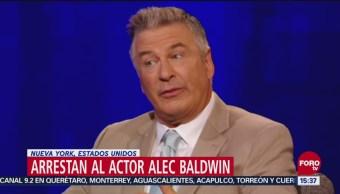 Alec Baldwin, arrestado por pelear en un estacionamiento