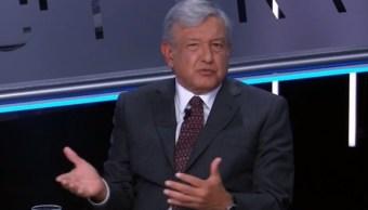 López Obrador, rumbo a la toma de protesta, en Tercer Grado