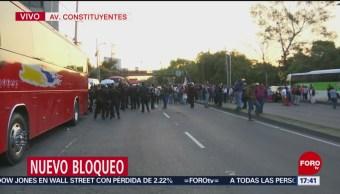 Bloqueo intermitente en avenida Constituyentes