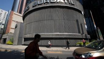 Bolsa Mexicana de Valores cae a niveles de marzo 2014