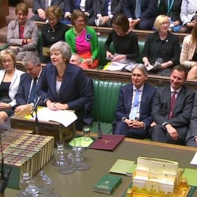 Gobierno británico delibera sobre el borrador del acuerdo del Brexit