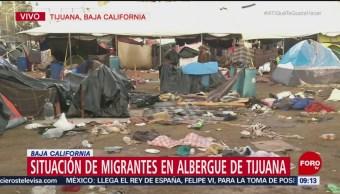 Caravana migrante deja toneladas de basura en albergue de Tijuana