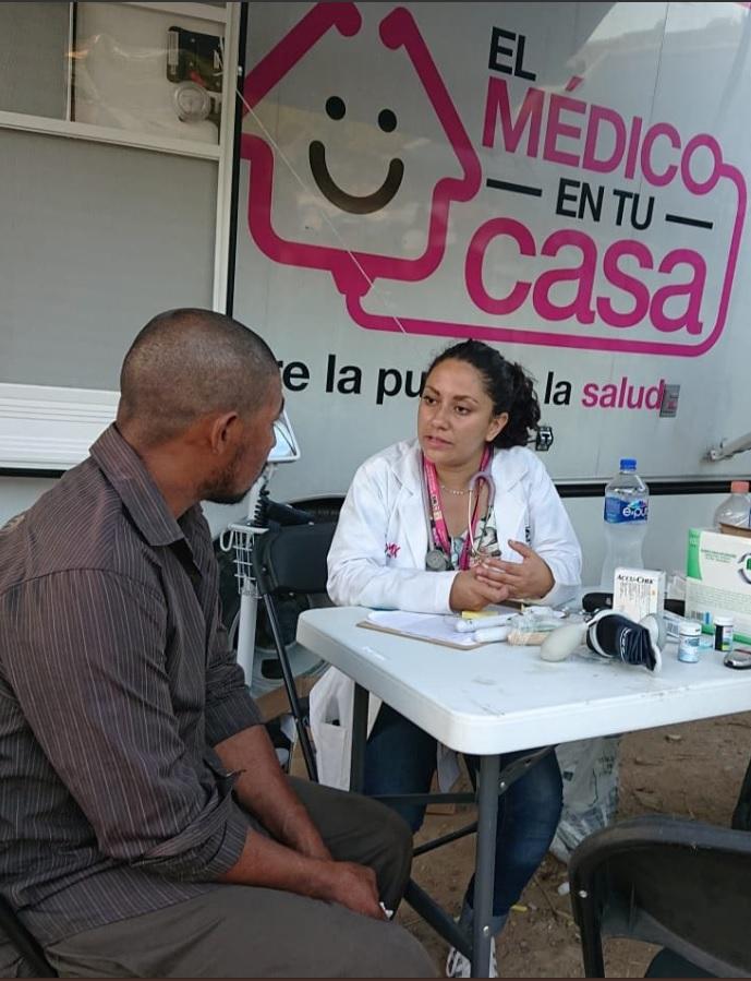 Curan a caravana migrante de enfermedades respiratorias