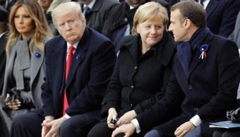 Trump 'da la nota discordante' durante su visita a París