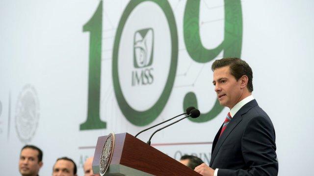 Peña Nieto llama a preservar y fortalecer las instituciones