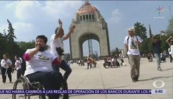 Flashmob inclusivo invade el Monumento a la Revolución, CDMX