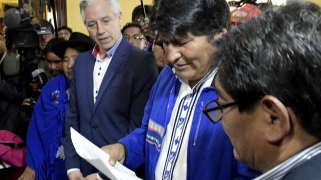 Evo Morales inscribe candidatura a reelección en Bolivia