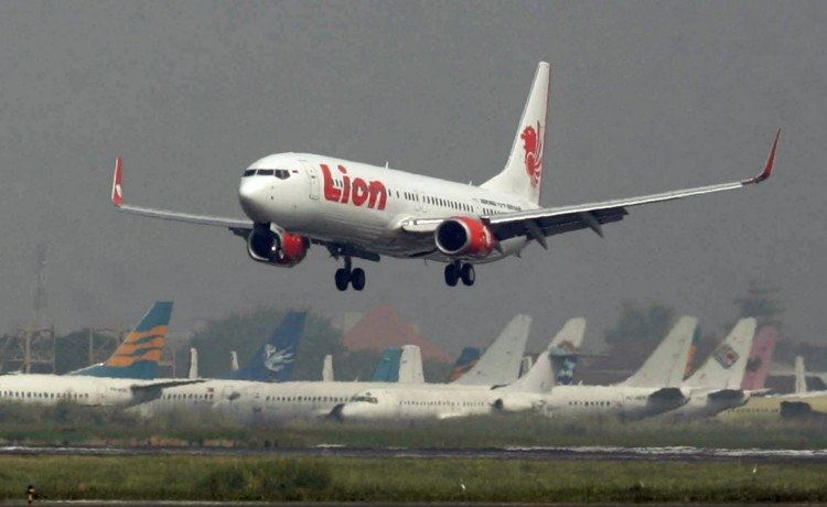 Se accidenta otro avión de Lion Air tras chocar en Sumatra