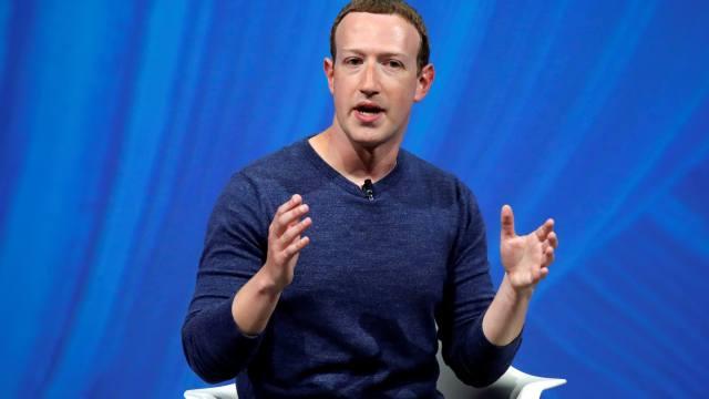 Zuckerberg descarta renunciar como CEO de Facebook