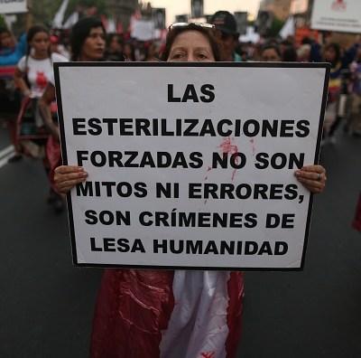 Denuncian a Alberto Fujimori por más de 2 mil esterilizaciones forzadas