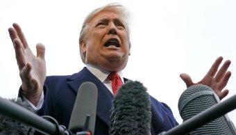 Trump amenaza con retirar más acreditaciones de periodistas
