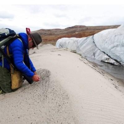 Descubren bajo el hielo de Groenlandia uno de los más grandes cráteres de la Tierra esculpido por un asteroide