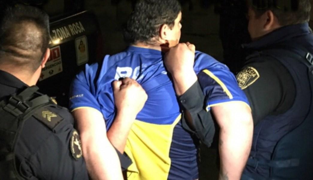 Hombre intenta suicidarse desde sexto piso en la colonia Cuauhtémoc