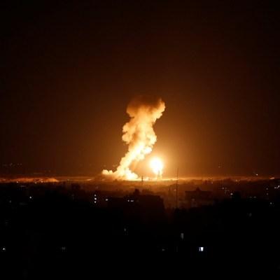 Repunta tensión en Franja de Gaza por lanzamiento masivo de cohetes