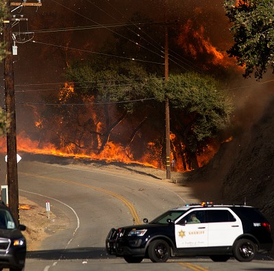 Trump culpa a California de los incendios por una 'mala gestión' forestal