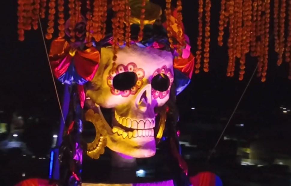 Día de Muertos: La Catrina más grande del mundo