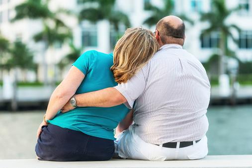 La confianza con la apariencia física en las parejas provoca descompensaciones y el aumento de peso ante el cese de una búsqueda por ser atractivo (GettyImages)