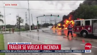 Tráiler Vuelca Incendia Celaya, Guanajuato Elementos De Bomberos Laboraron