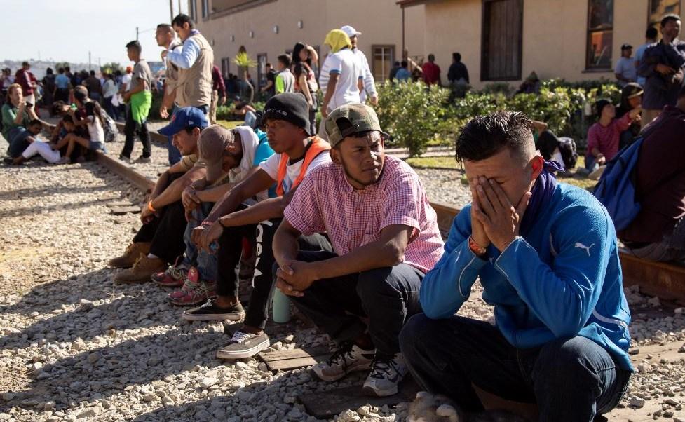 Migrantes en Tijuana presentan enfermedades por hacinamiento
