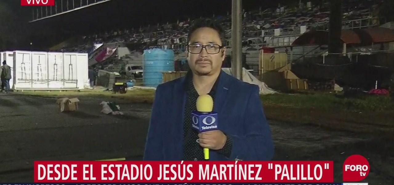 Migrantes centroamericanos continúan en el estadio Jesús Martínez 'Palillo'