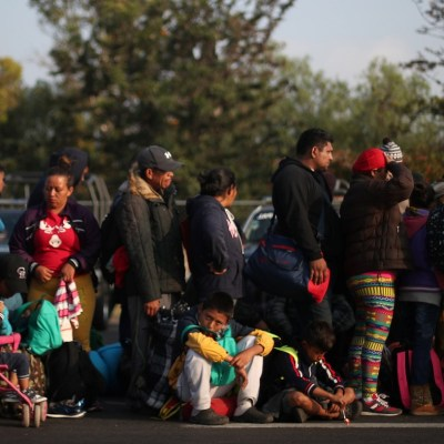 Miles de migrantes arriban a Irapuato, Guanajuato