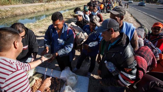 Caravana Migrante sale de Mexicali rumbo a Tijuana