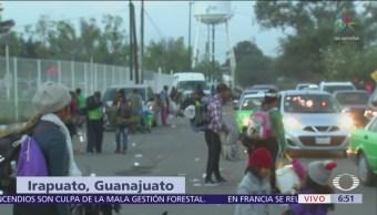 Migrantes salen de Irapuato, Guanajuato, hacia Guadalajara