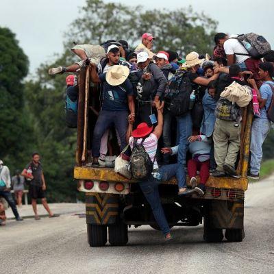 Segob y SRE reciben 3 mil 230 solicitudes de refugio de migrantes