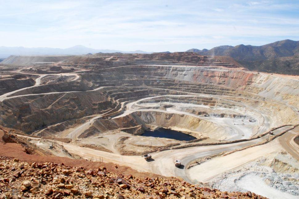 Mina de cobre en Sonora, México. La minería es una de las actividades que se realizan en América Latina que amplían el déficit de Biocapacidad (Obson)