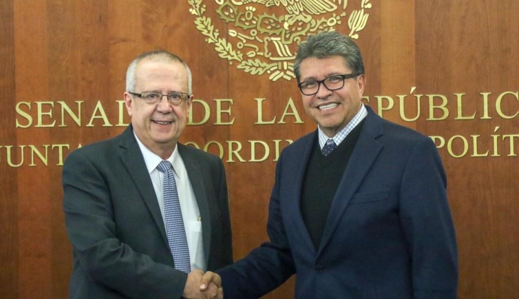 Ricardo Monreal Carlos Urzúa analizan iniciativas financiera