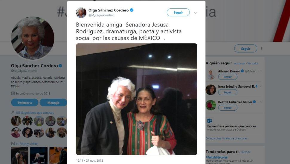 Olga Sánchez Cordero da la bienvenida a Jesusa como senadora