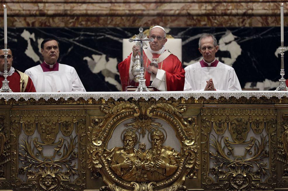 Papa Francisco pide rechazar las apariencias mundanas