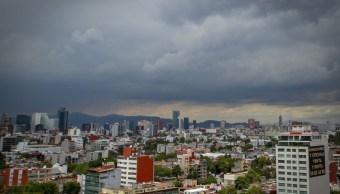 Pronostican cielo nublado y lluvias en el Valle de México
