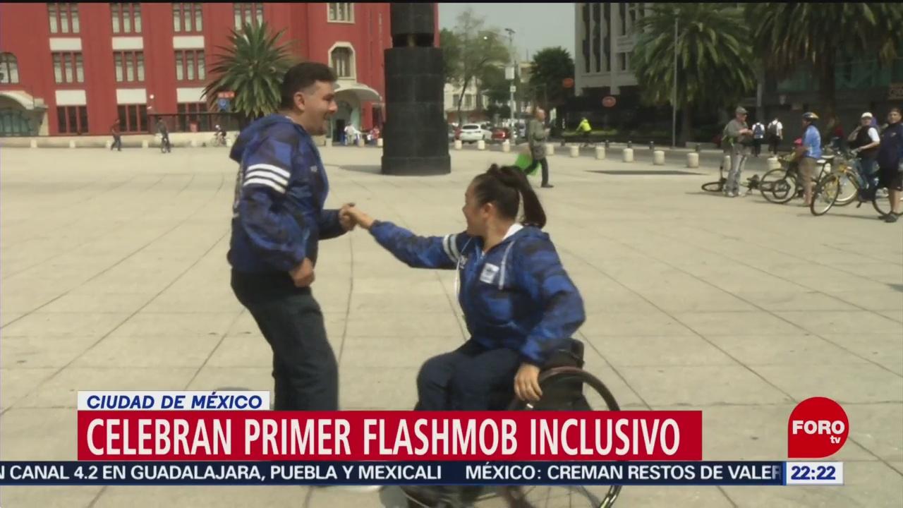 Realizan FlashMov inclusivo en el Monumento a la Revolución