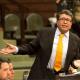 Senadores y banqueros inician diálogo formal