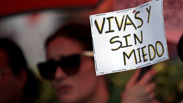 mujeres latinoamericanas marcha violencia machista protesta