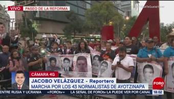 Se desarrolla manifestación por desaparición de estudiantes de Ayotzinapa