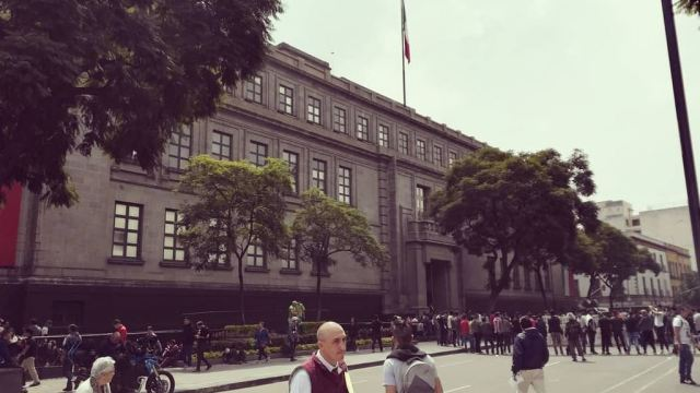 SCJN rechaza que ministros y funcionarios ganen más de 600 mil pesos mensuales