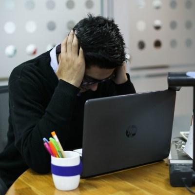 Trabajar con un mal jefe es un riesgo para la salud