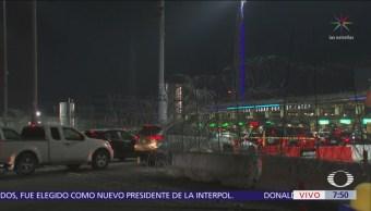 Tránsito intenso en garita de San Ysidro previo al 'Black Friday'