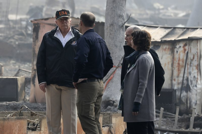 Trump visita California por devastación de 'Camp Fire'