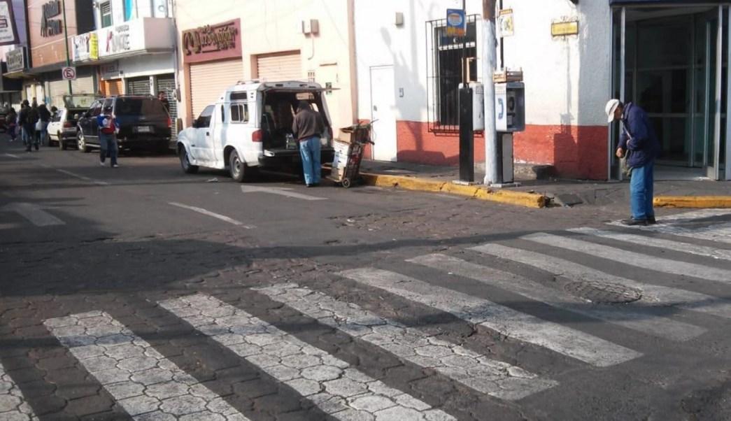 Xochimilco libera espacios públicos de cacharros