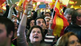Izquierda pierde mayoría en Andalucía y ultraderecha irrumpe con fuerza