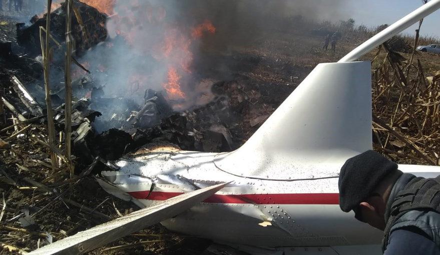 Se desploma avioneta en Puebla; se reportan dos muertos